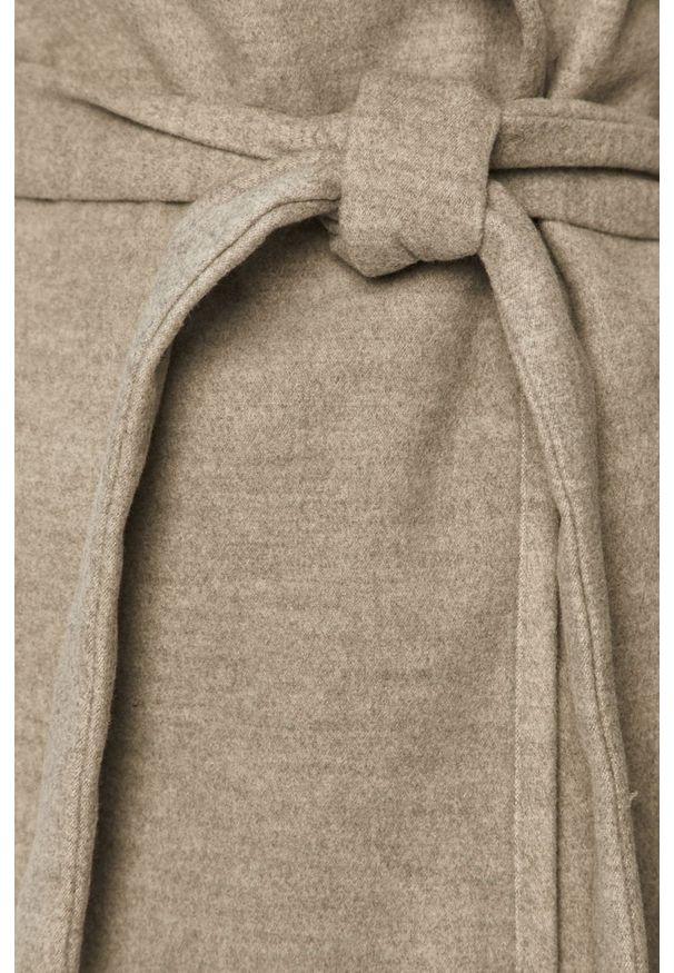 Szary płaszcz only klasyczny, z klasycznym kołnierzykiem