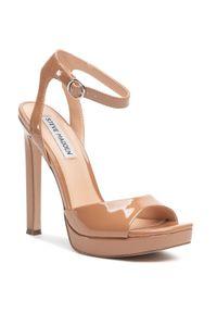 Brązowe sandały Steve Madden eleganckie