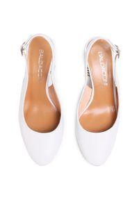 Białe sandały Baldaccini na co dzień, casualowe, na średnim obcasie, na obcasie