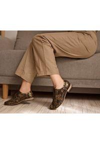 Złote półbuty Zapato z cholewką, wąskie, w kolorowe wzory