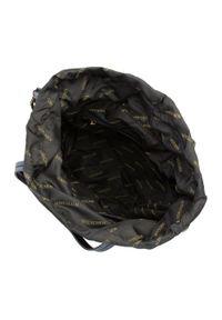 Wittchen - Damski plecak ze ściągaczem. Kolor: czarny. Materiał: nylon. Wzór: aplikacja, paski. Styl: młodzieżowy, klasyczny