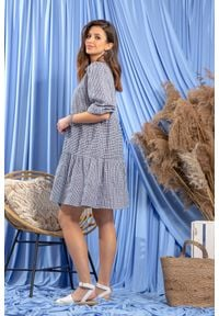 Fobya - Bawełniana Luźna Sukienka w Granatową Krateczkę. Kolor: niebieski. Materiał: bawełna