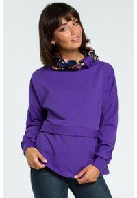 e-margeritka - Damska bluza bawełniana z kolorowym kołnierzem fioletowa - s/m. Okazja: na co dzień, na spacer. Kolor: fioletowy. Materiał: bawełna. Długość rękawa: długi rękaw. Długość: długie. Wzór: kolorowy. Sezon: jesień, lato, zima. Styl: klasyczny, casual