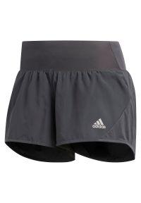 Adidas - Spodenki do biegania damskie adidas Run It 3-Stripes FQ2462. Materiał: poliester, tkanina, skóra, materiał. Wzór: ze splotem. Sport: bieganie