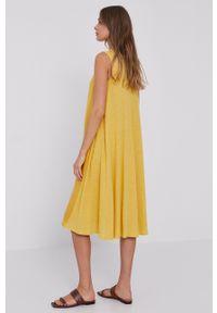 MAX&Co. - Sukienka. Okazja: na co dzień. Kolor: żółty. Materiał: tkanina, dzianina. Długość rękawa: na ramiączkach. Wzór: gładki. Typ sukienki: proste. Styl: casual
