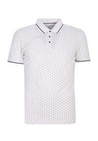 Biały t-shirt TOP SECRET krótki, polo, do pracy