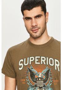 Oliwkowy t-shirt Premium by Jack&Jones na co dzień, casualowy, z nadrukiem