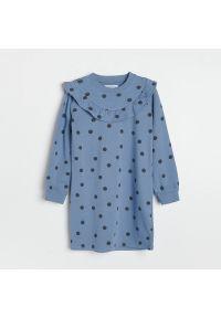 Reserved - Sukienka w groszki - Niebieski. Kolor: niebieski. Wzór: grochy