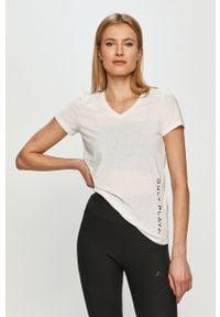 Only Play - T-shirt. Okazja: na co dzień. Kolor: biały. Materiał: dzianina. Wzór: gładki. Styl: casual #1