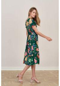 Marie Zélie - Sukienka Iris Anemones. Materiał: wiskoza, materiał. Typ sukienki: rozkloszowane