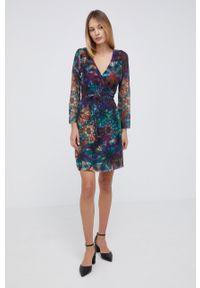 Desigual - Sukienka. Materiał: dzianina. Typ sukienki: plisowane