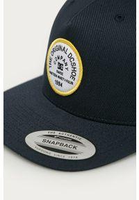 Niebieska czapka z daszkiem DC gładkie