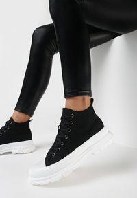 Born2be - Czarno-Białe Trampki Calypheosis. Wysokość cholewki: przed kolano. Nosek buta: okrągły. Kolor: czarny. Materiał: jeans, materiał, guma. Szerokość cholewki: normalna