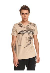 TOP SECRET - T-shirt z nadrukiem. Okazja: na co dzień. Kolor: beżowy. Materiał: bawełna, tkanina. Długość rękawa: krótki rękaw. Długość: krótkie. Wzór: nadruk. Sezon: jesień. Styl: casual