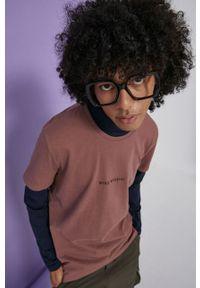 medicine - Medicine - T-shirt bawełniany Wisława Szymborska. Kolor: różowy. Materiał: bawełna. Wzór: nadruk