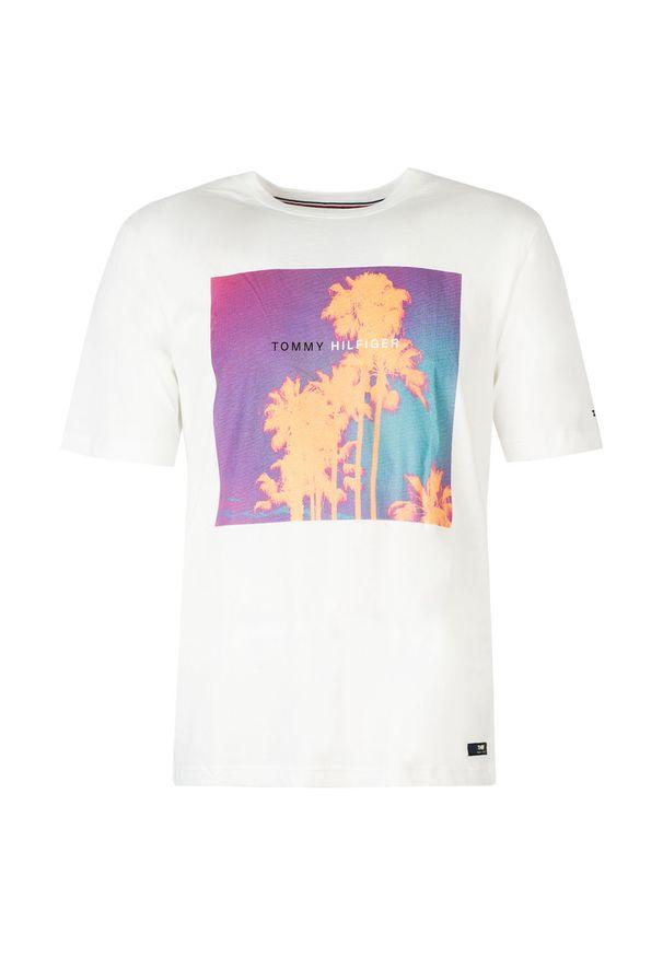 TOMMY HILFIGER - Tommy Hilfiger T-Shirt. Okazja: na co dzień. Materiał: tkanina. Wzór: aplikacja, nadruk. Styl: casual