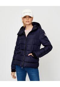 Niebieska kurtka długa, na zimę, na spacer