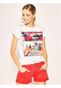 iBlues T-Shirt Dada 79710902 Regular Fit. Kolor: biały