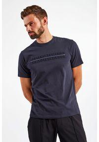 Armani Exchange - T-SHIRT ARMANI EXCHANGE. Materiał: bawełna, tkanina. Długość rękawa: krótki rękaw. Długość: krótkie. Wzór: napisy