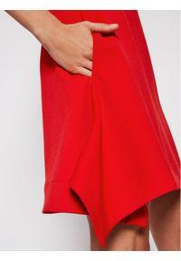 Czerwona sukienka koktajlowa Victoria Victoria Beckham wizytowa