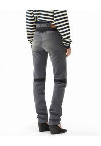 Kenzo - KENZO - Szare spodnie jeansowe. Stan: podwyższony. Kolor: szary. Długość: długie