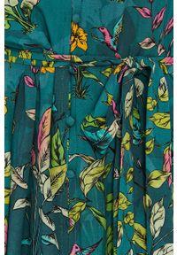 medicine - Medicine - Sukienka Tropical Chaos. Okazja: na co dzień. Kolor: zielony. Długość rękawa: krótki rękaw. Typ sukienki: proste. Styl: casual