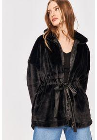 Czarna kurtka Answear Lab wakacyjna, gładkie