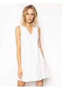 Biała sukienka Manila Grace prosta, casualowa