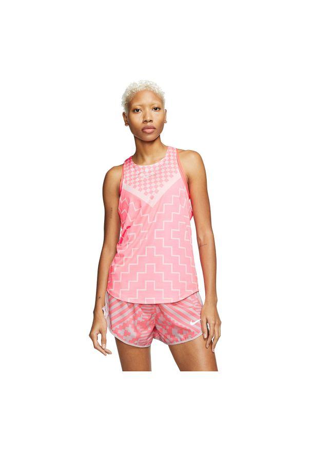 Koszulka damska do biegania Nike Tank Runway CQ7869. Materiał: poliester, materiał, elastan. Technologia: Dri-Fit (Nike). Długość: krótkie. Sport: fitness, bieganie