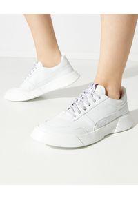 PREMIUM BASICS - Białe sneakersy Snow. Kolor: biały. Materiał: poliester. Wzór: aplikacja