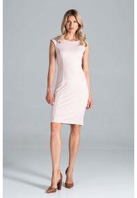 Figl - Klasyczna Dopasowana Sukienka bez Rękawów - Różowa. Kolor: różowy. Materiał: poliester, wiskoza, elastan. Długość rękawa: bez rękawów. Styl: klasyczny