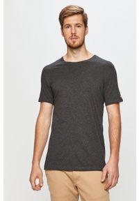 Szary t-shirt John Frank z okrągłym kołnierzem, na co dzień