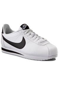 Białe półbuty Nike na co dzień, klasyczne