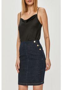 Guess - Spódnica jeansowa. Kolor: niebieski. Materiał: jeans