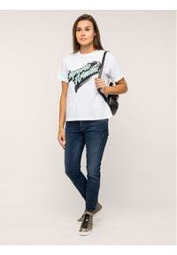 Emporio Armani T-Shirt 6G2T6A 2JQAZ 0100 Biały Regular Fit. Kolor: biały
