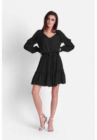 IVON - Czarna Zwiewna Szyfonowa Sukienka w Stylu Boho. Kolor: czarny. Materiał: szyfon. Styl: boho