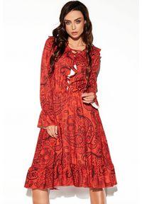 Lemoniade - Rozkloszowana sukienka w stylu BOHO z falbanami. Styl: boho