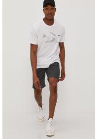Levi's® - Levi's - T-shirt. Okazja: na co dzień, na spotkanie biznesowe. Kolor: biały. Materiał: bawełna, dzianina. Wzór: nadruk. Styl: biznesowy, casual