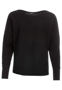 Czarny sweter bonprix z dekoltem w łódkę, w prążki