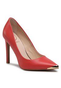 Czerwone półbuty Baldowski na średnim obcasie, eleganckie, z cholewką, na szpilce
