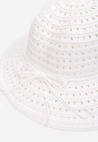Renee - Biały Kapelusz Ophiertes. Kolor: biały. Wzór: haft, ażurowy