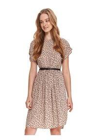 TOP SECRET - Sukienka w grochy z paskiem. Kolor: beżowy. Materiał: tkanina. Wzór: grochy. Sezon: lato. Długość: midi