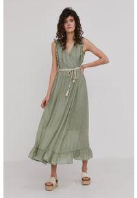 Answear Lab - Sukienka. Okazja: na co dzień. Kolor: turkusowy. Materiał: tkanina. Długość rękawa: na ramiączkach. Wzór: gładki. Typ sukienki: proste. Styl: wakacyjny