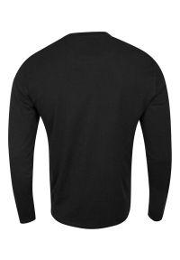 Brave Soul - Koszulka Longsleeve, Czarna z Długim Rękawem, T-shirt Męski, Jednokolorowy z Logo -BRAVE SOUL. Okazja: na co dzień. Kolor: czarny. Materiał: bawełna. Długość rękawa: długi rękaw. Długość: długie. Wzór: aplikacja. Styl: casual