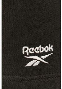 Czarne szorty Reebok Classic sportowe