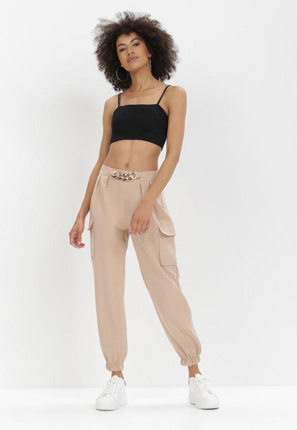 Born2be - Beżowe Spodnie Nyxanise. Kolor: beżowy