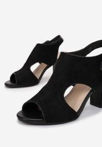 Born2be - Czarne Sandały Acalypso. Nosek buta: okrągły. Zapięcie: pasek. Kolor: czarny. Wzór: aplikacja. Obcas: na słupku. Styl: boho