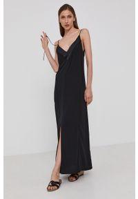 Victoria Victoria Beckham - Sukienka. Okazja: na co dzień. Kolor: czarny. Materiał: tkanina. Długość rękawa: na ramiączkach. Wzór: gładki. Typ sukienki: proste. Styl: casual