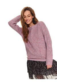 TOP SECRET - Sweter z warkoczem. Kolor: fioletowy. Materiał: wełna, materiał. Długość rękawa: długi rękaw. Długość: długie. Wzór: aplikacja. Sezon: zima