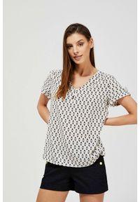 MOODO - Bluzka koszulowa z nadrukiem. Materiał: wiskoza. Długość rękawa: krótki rękaw. Długość: krótkie. Wzór: nadruk